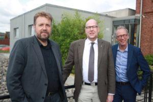 Museumsleiter Dr. Huck, EKD-Friedensbeauftragter Brahms und Pastor Morgenstern (v.l.)