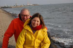 Pastorin von Fintel und Frank Morgenstern stellten im Winter die Südstrandtaufe vor.